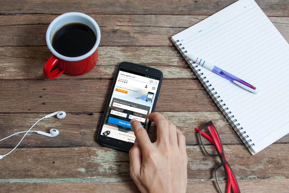 How to enhance the user experience of your website for mobile users