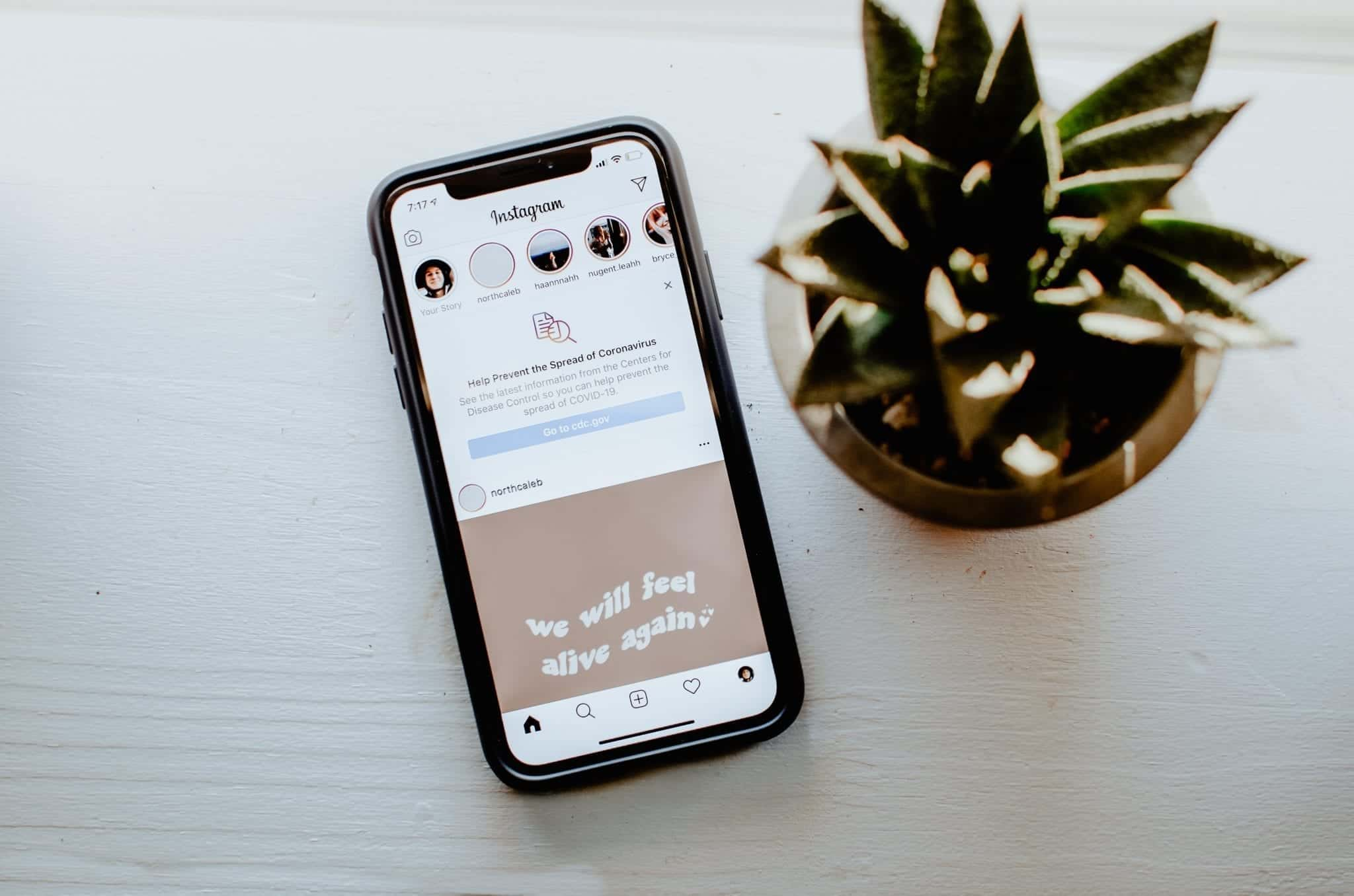 Writing a good bio for your business Instagram profile.